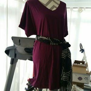 NWOT 18/20 (L) violet tunic v-neck